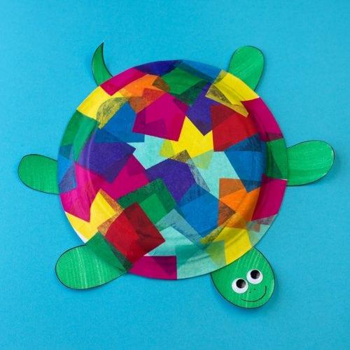 Barevná želva z papírového talíře